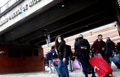 madrid-mantiene-el-toque-de-queda-y-amplia-las-restricciones-a-otros-8-municipios