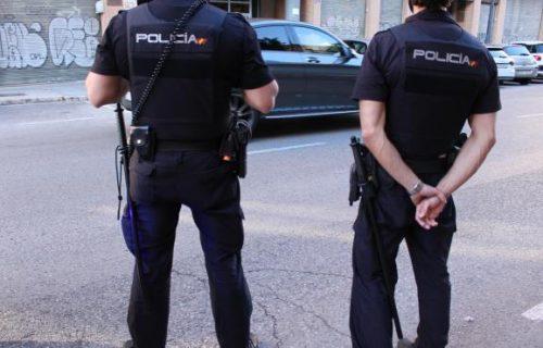 agentes-de-la-policia-nacional.r_d.1535-597