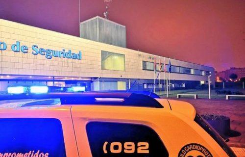 alcorcon-policia-hombre-denunciado-por-sacarse-el-pene-en-un-comercio-696x522