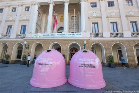 LEGANÉS. Ecovidrio y el Ayuntamiento presentan la campaña solidaria 'Recicla Vidrio por ellas' en colaboración con la Fundación Sandra Ibarra